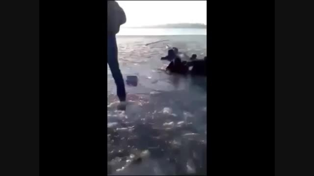 لحظه   غرق شدن  دو  دختر دانشجو در  شورابیل
