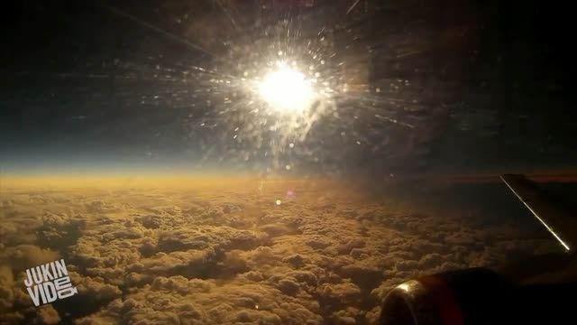 خورشید گرفتگی از نزدیک : کیفیت 720 HD ☼