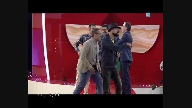 اجرای متفاوت آهنگ دووَ در خندوانه باحرکات موزون مهمانها