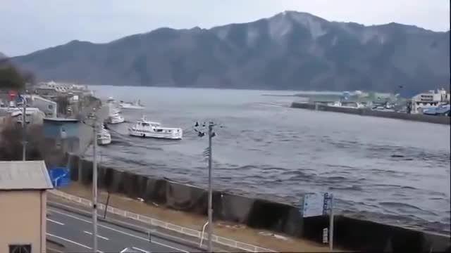 تصاویر دیده نشده و ترسناک از سونامی ژاپن 2011!!!