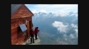 ترسناک ترین پناهگاه کوهستانی جهان + تصاویر ...!