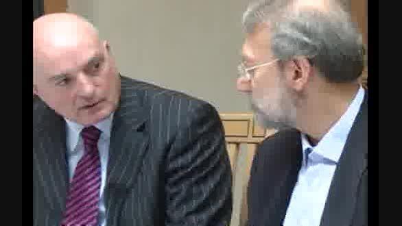 حمایت مقامات ایرلندی از موضع هسته ای ایران