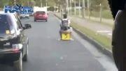 گواهینامه رانندگی نداریی ؟ یه دونه از اینا سوار شو