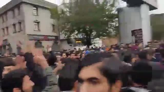 اعتراض مردم تبریز به برنامه فیتیله