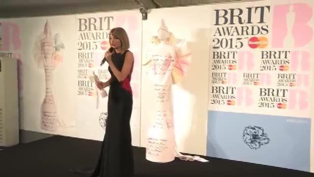 تیلور درمراسم Brit Awards