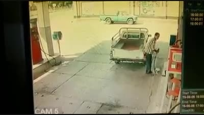 دزدی از پمپ بنزین