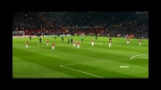 تشویق رونالدو توسط هواداران منچستریونایتد در بازی برگشت رئال