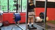 بیهوش شدن وزنه بردار بعد از بلند كردن وزنه