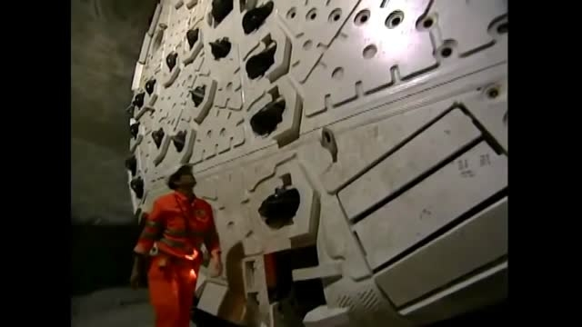 طولانی ترین تونل دنیا قسمت 1 www.Sakhtemanco.com