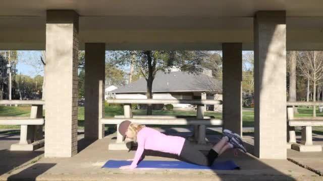 10 حرکت برای تقویت کل بدن در 10 دقیقه