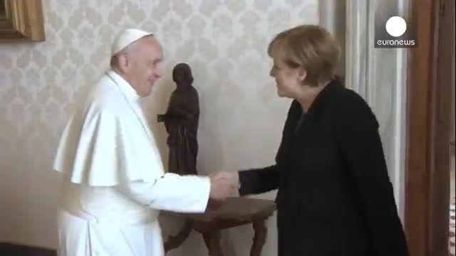 پاپ در دیدار با مرکل: حمایت از فقرا وظیفه سران کشورهاست