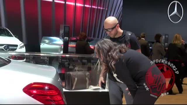 شوخی جالب در نمایشگاه خودروی دیترویت 2015