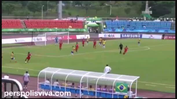 تکنیک فوق العاده مهاجم پرسپولیس مقابل تیم ملی برزیل