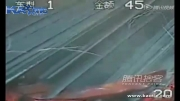 ترمز شدید کامیون و خالی شدن بارش