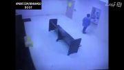 خودکشی پسر دیوانه در بازداشتگاه...