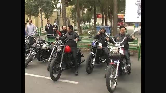 نمایش موتورسیکلت ها در نمایشگاه ایران رایدکس تهران