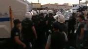 پلیس و معترضان ترک به جان هم افتادند