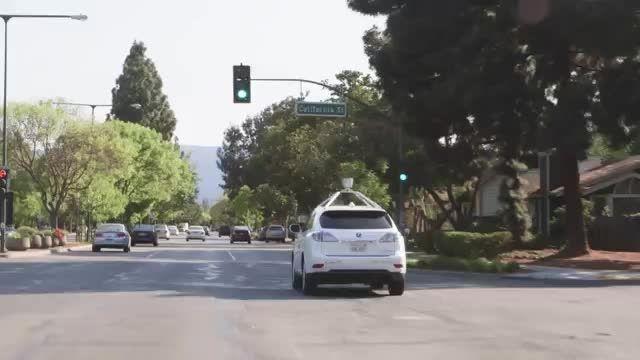 خودروی بدون راننده ی گوگل پس از 6 سال 11 بار تصادف دارد