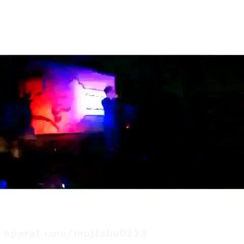 اجرای زنده آهنگ بانو با صدای مجتبی دربیدی