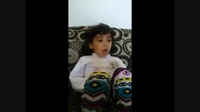 بغض و گریه دختر 4/5 ساله برای کربلا :((