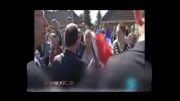 رئیس جمهور فرانسه در خیابان مورد اعتراض قرار گرفت