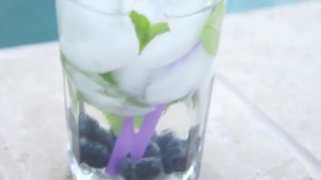 نوشیدنی و اسنک های سالم برای تابستان