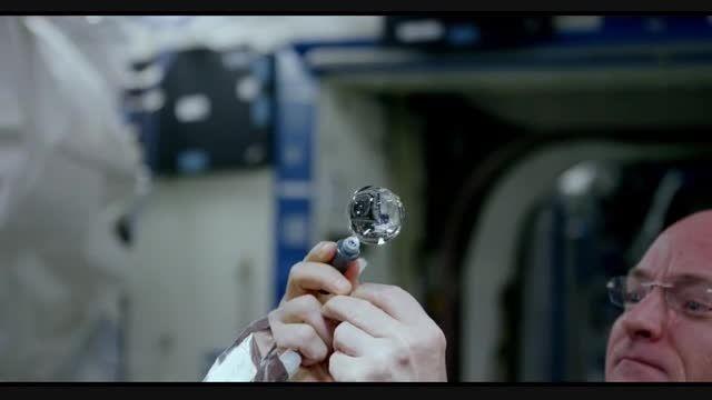 ویدیو 4k ناسا از مایع رنگارنگ در فضا