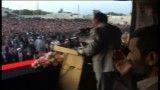 لحظه ورود احمدی نژاد به استادیوم در سفرهای استانی