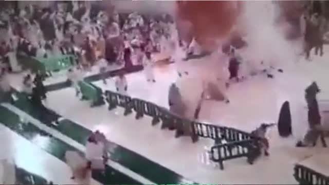 حاجیان را در منا کشتند