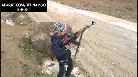 پسر بچه شجاع علیه داعش...!