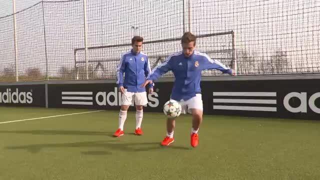 آموزش مهارت های فوتبال (حرکات نمایشی)