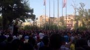 شادی مردم پس از رفتن ایرانةبه جام جهانی.میدان ونبوت-تهران