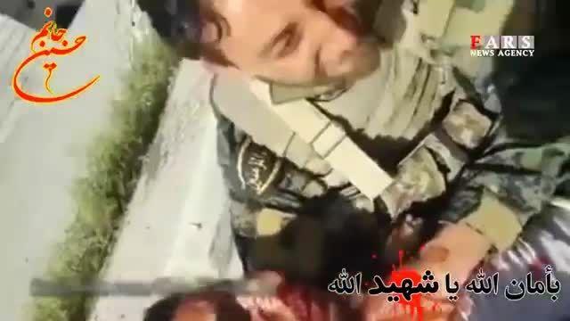 لحظه شهادت جوان مدافع حرم در آغوش همرزمش