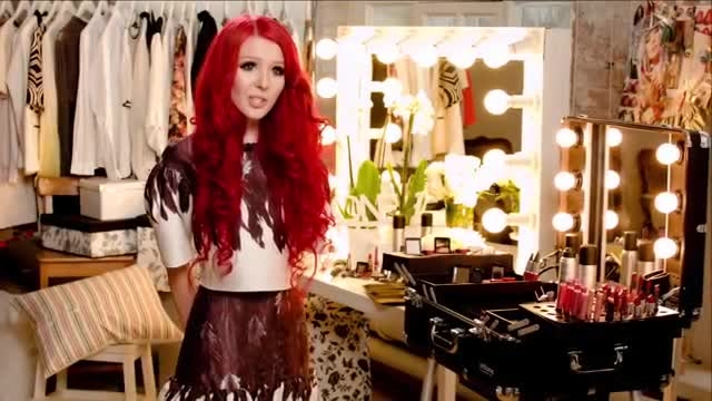 تبلیغات رقابت زیبایی با حمایت مالی شرکت اوریف لیم