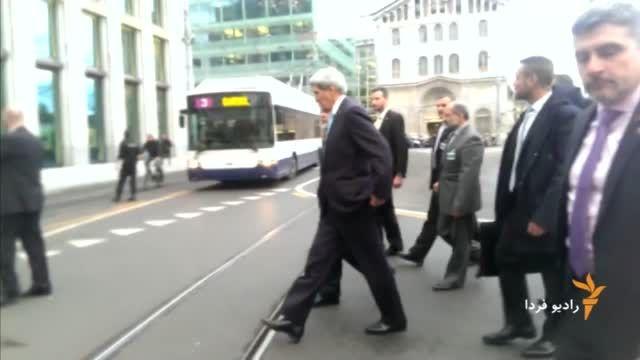 پیاده روی وزیران خارجه ایران و آمریکا در مرکز شهر ژنو
