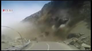 ریزش کوه در زنجان(خوشبختانه بدون تلفات جانی)