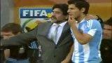 عکس العمل مارادونا در گل خوردن تیمش