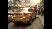 ماشینی ساخته شده از طلای 24 عیار