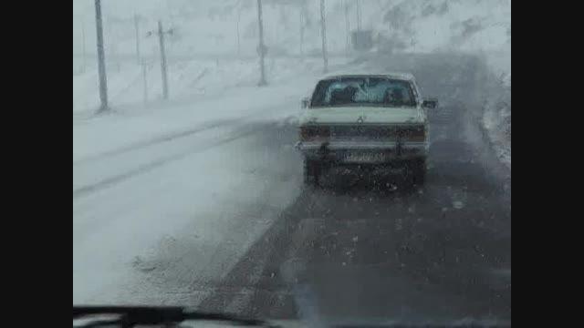 بارش برف در محورهای مواصلاتی نیر