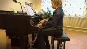 پیانو نوازی بسیار زیبا.....دو نوازنده و یک پیانو:D