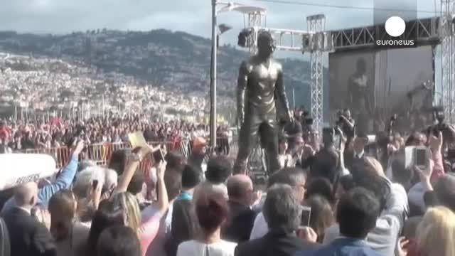 زادگاه کریستیانو رونالدو از مجسمه وی رونمایی کرد