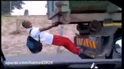 مسافر قاچاقی کامیون