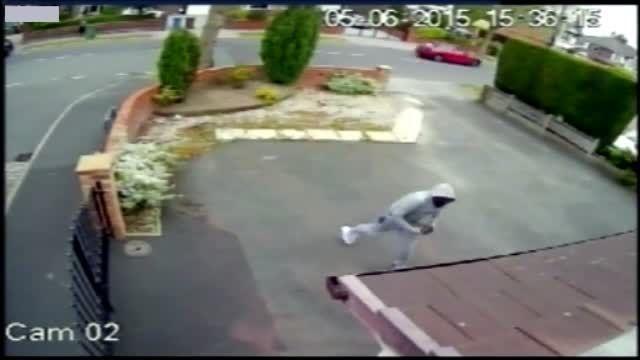 حمله 5 جوان به خانه دختر جوان و سکته قلبی پدر خانواده