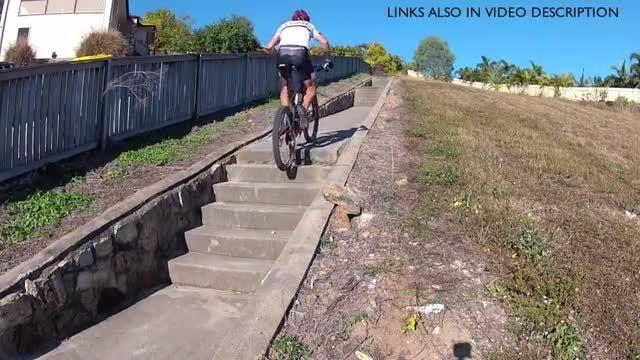 چگونه با دوچرخه پله ها را پایین برویم