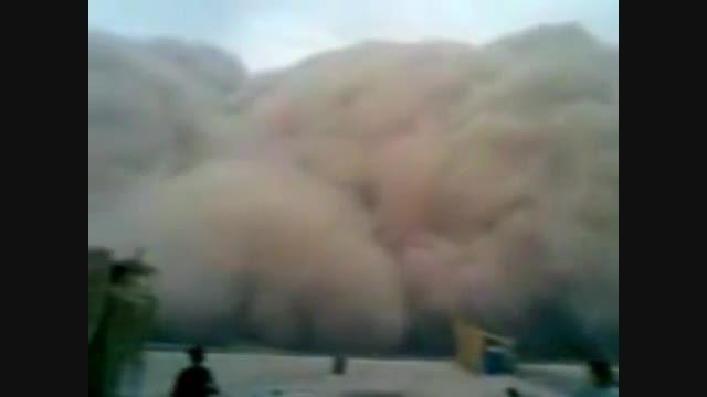 لحظه ورود گرد و غبار به خوزستان