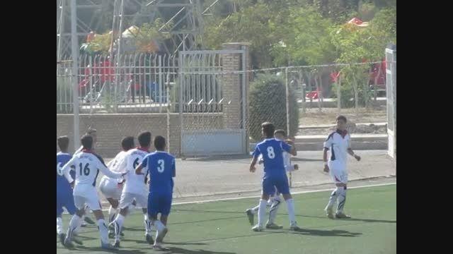 دیدار فوتبال باشگاه آدینه در مقابل استقلال سعید آباد