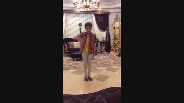 رقص مایكل جكسون پسر چهارده ساله