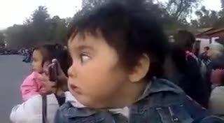 بچهه ترسید