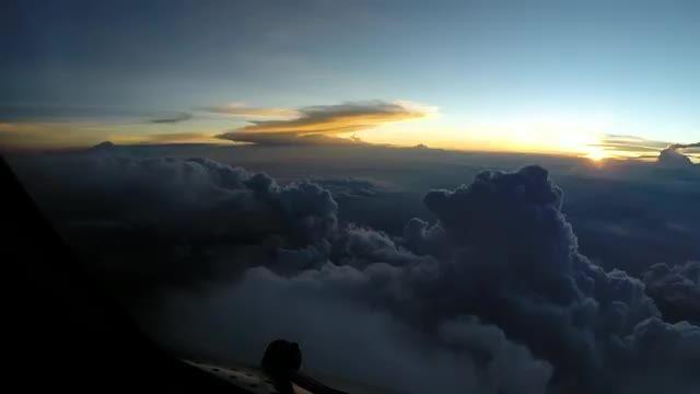 فرود B777 به مکزیکو سیتی از چشم خلبان ✈