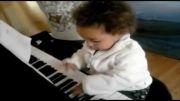 پیانو  برای همه -  نوزاد 12 ماهه